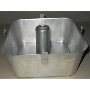 Wear-Ever Vtg 2740 Aluminum Footed 9 X 9 Cake Pan